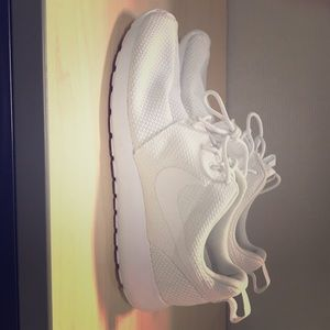 Men's white Nike Sneakers